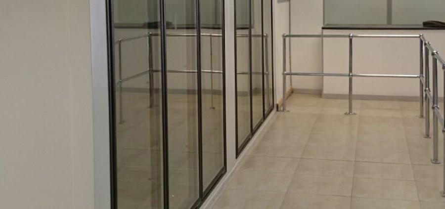 glass-door-cold-and-freezer-rooms